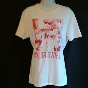 Taylor Swift Red Graphic Tee Medium